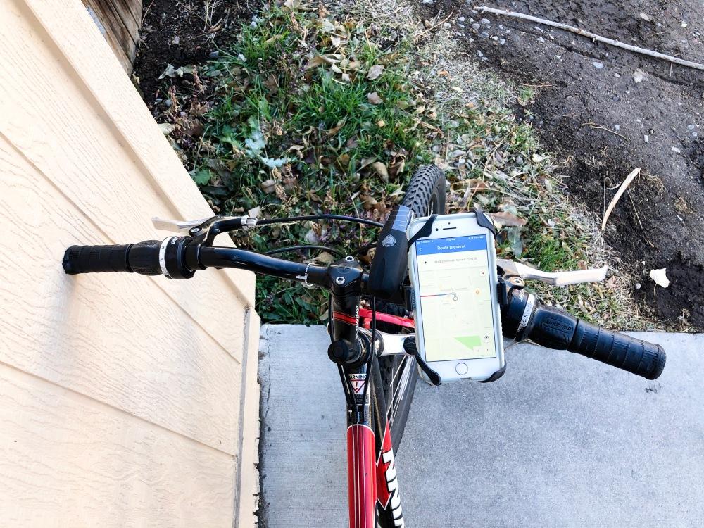 cell phone holder on bike handlebars